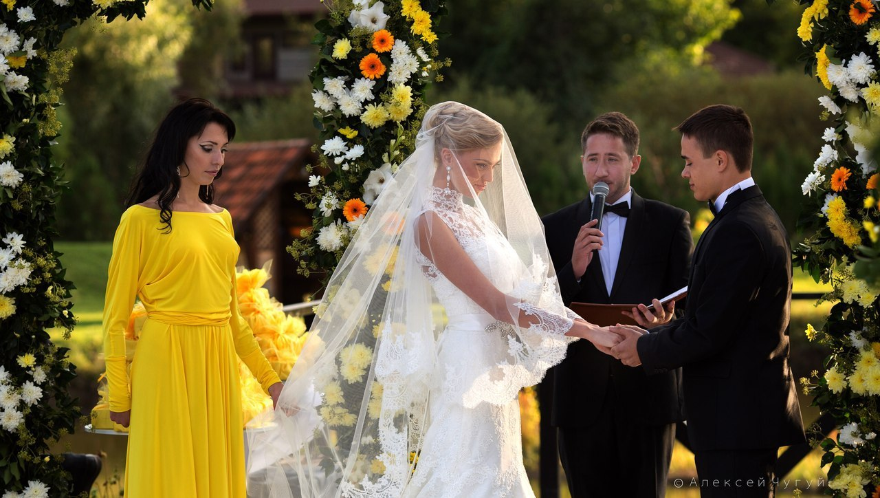 Какие вопросы нужно задать ведущему на свадьбу. Часть 2